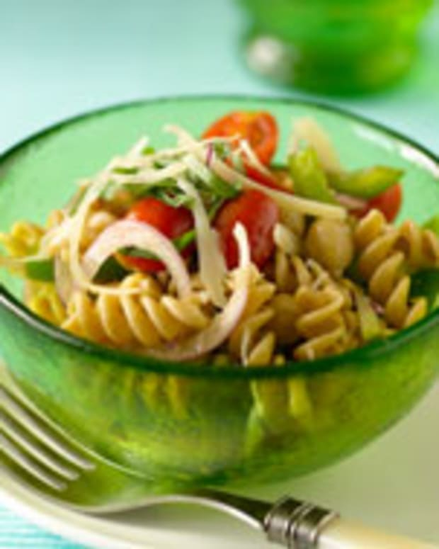 Cold Fusilli Pasta With Summer Vegetables