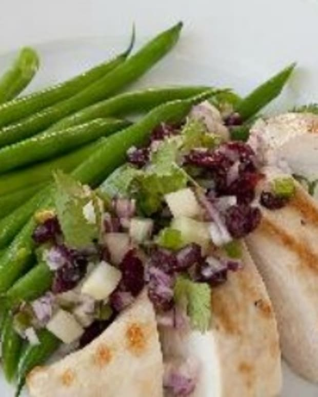 Grilled Chicken and Cranberry Salsa