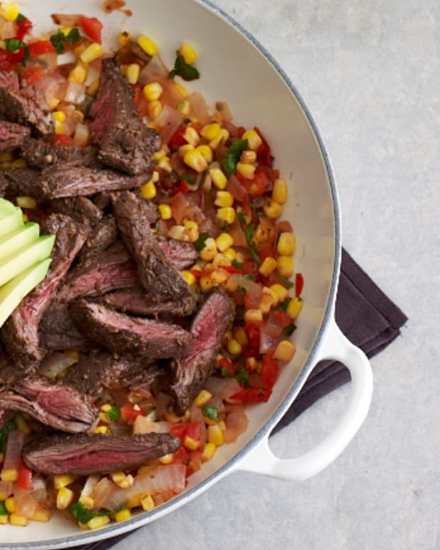 mexican skirt steak skillet