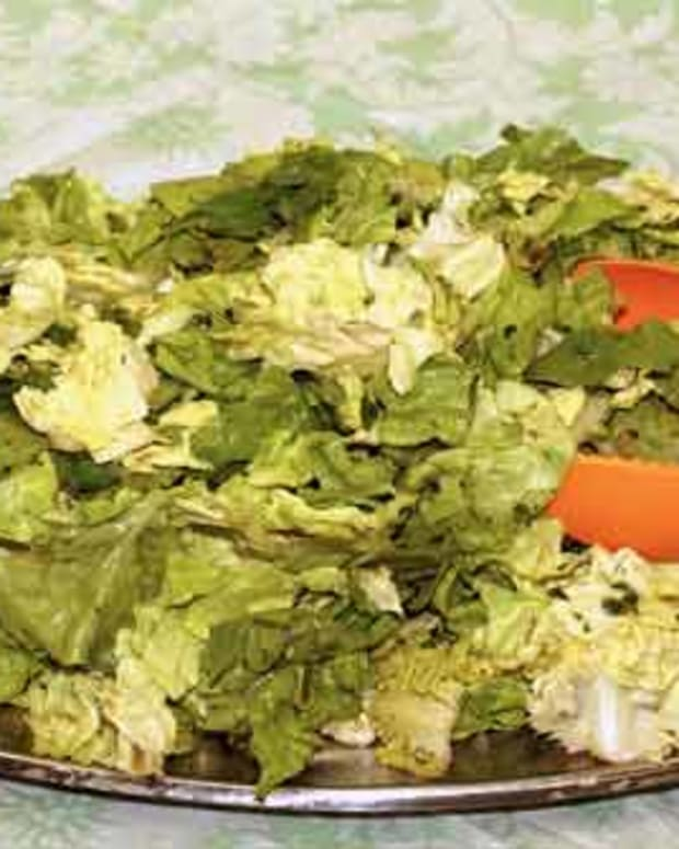 Boston Lettuce and Chopped Herbs with Shallot Cider Dressing Recipe