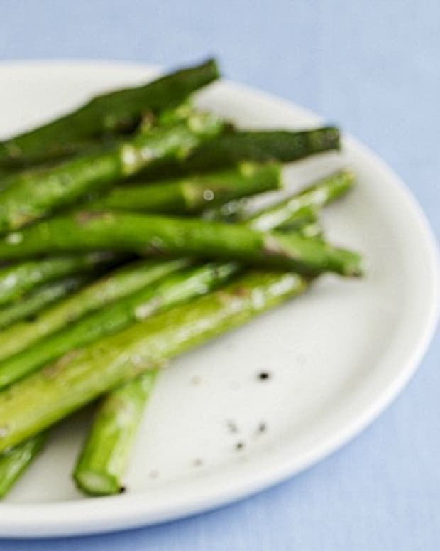 asparagus and zucchini side dish