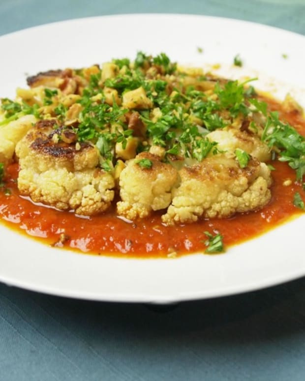 Vegan-Cauliflower-Steaks