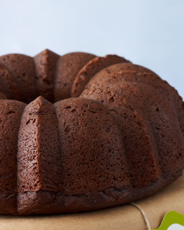 Vegan Chocolate Rum Cake
