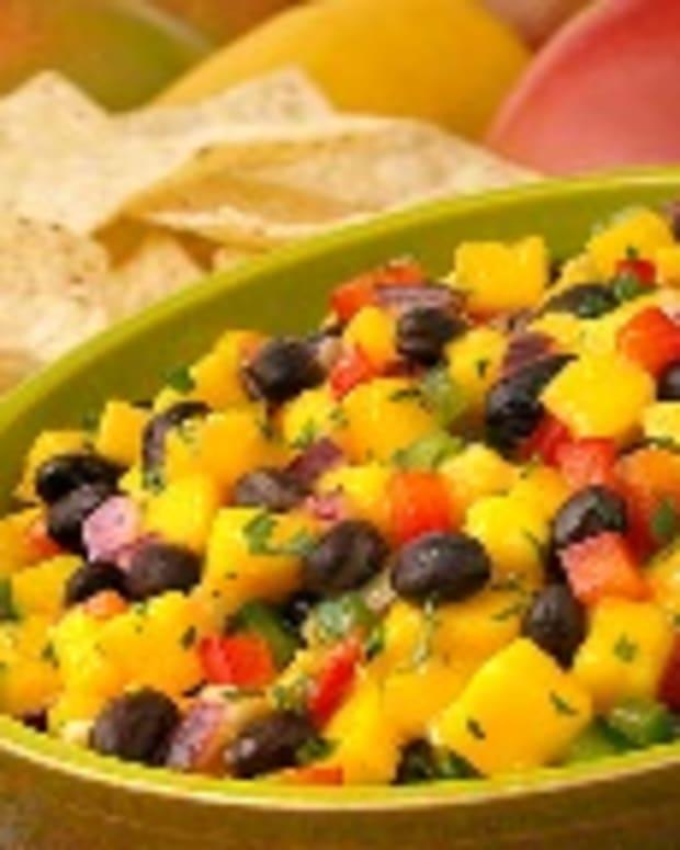 Ingrid Hoffmann's Cinco de Mango Black Bean Salsa