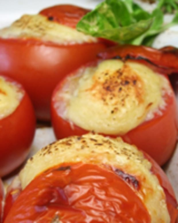 Cheesey Baked Tomatoes Stuffed with Rice