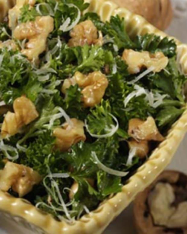 Marion Cunningham's Parsley Walnut Salad