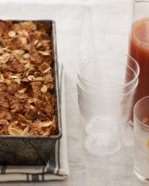 apple crunch bread pudding