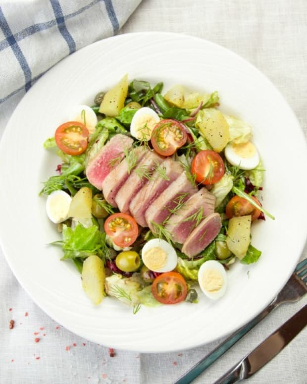 Grilled Tuna Nicoise Salad