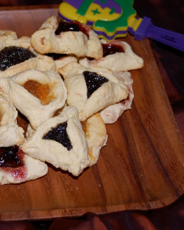 Cinnamon Apple Hamantashen