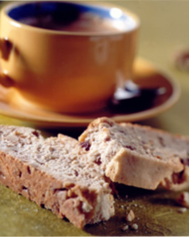 California Walnut Lemon Biscotti