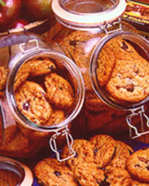 Whole Wheat Raisin Cookies