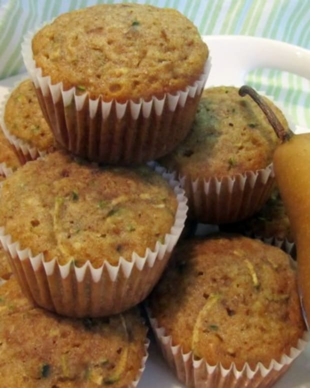pear zucchini muffins