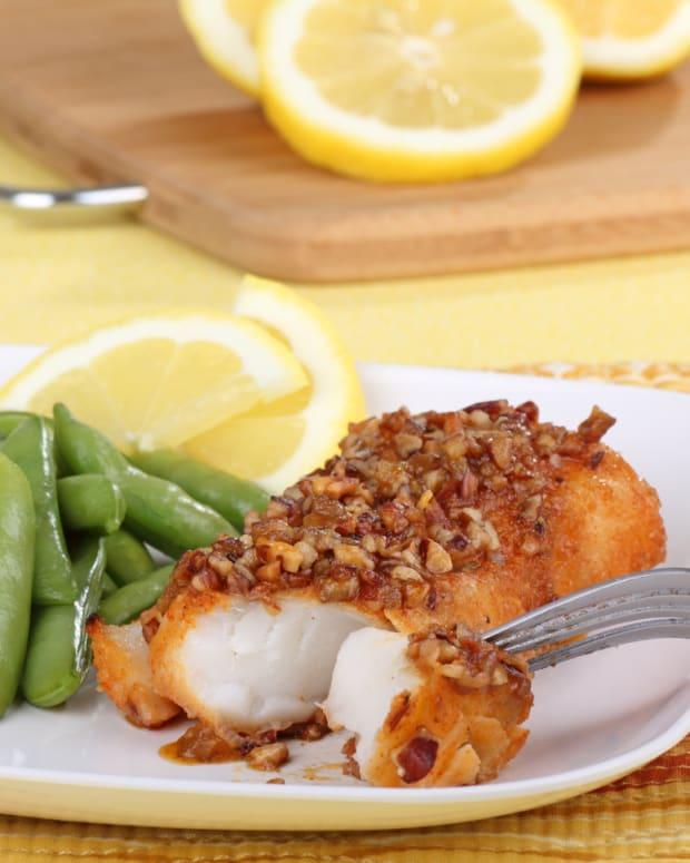 chilean-sea-bass-in-honeyed-pecan-sauce