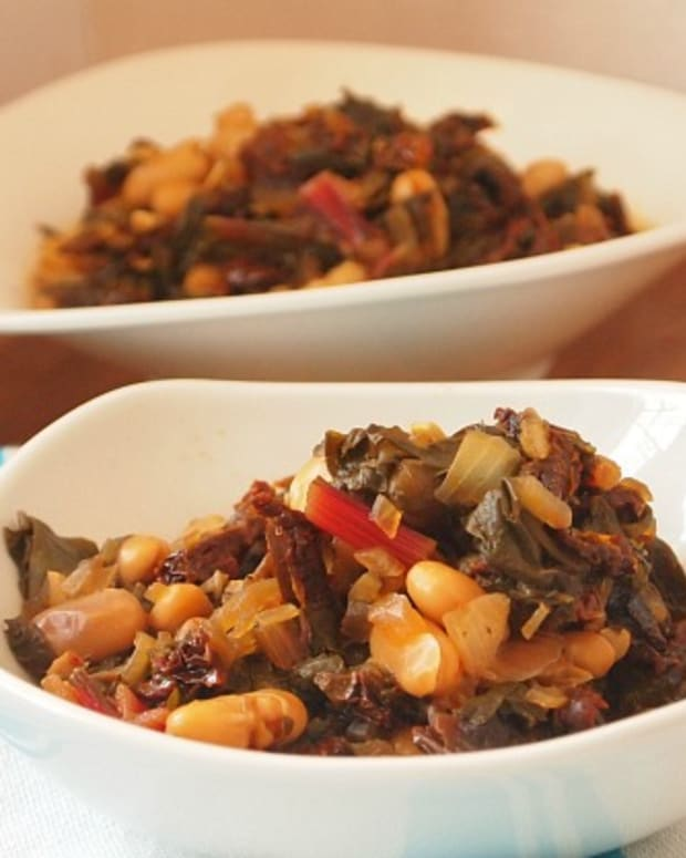 white-bean-and-greens-stew.