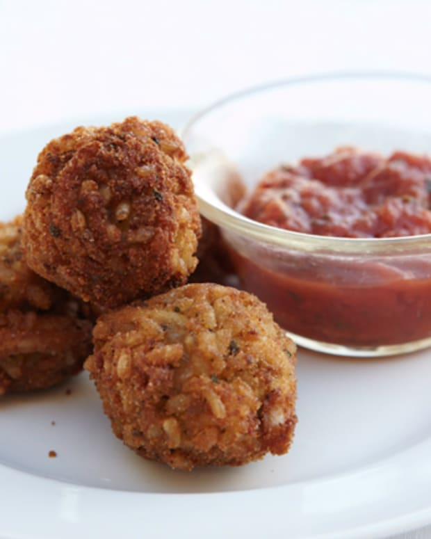 Fried Risotto Balls with Marinara Dipping Sauce