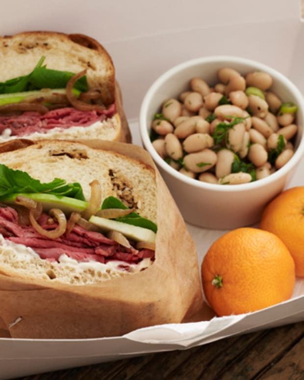 Roast Beef Sandwiches White Bean Salad