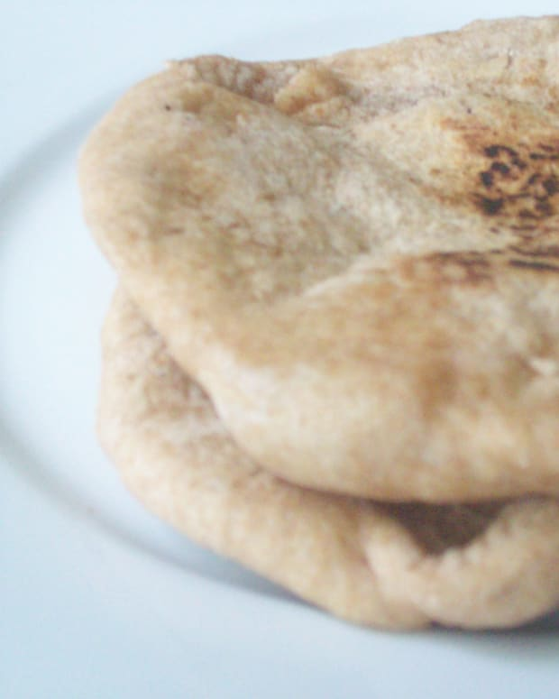 Homemade Whole Wheat Pita