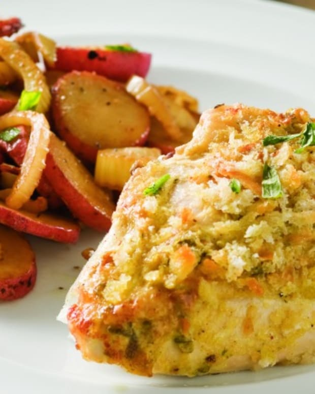 Chicken Breasts Roasted with New Potatoes and Fennel
