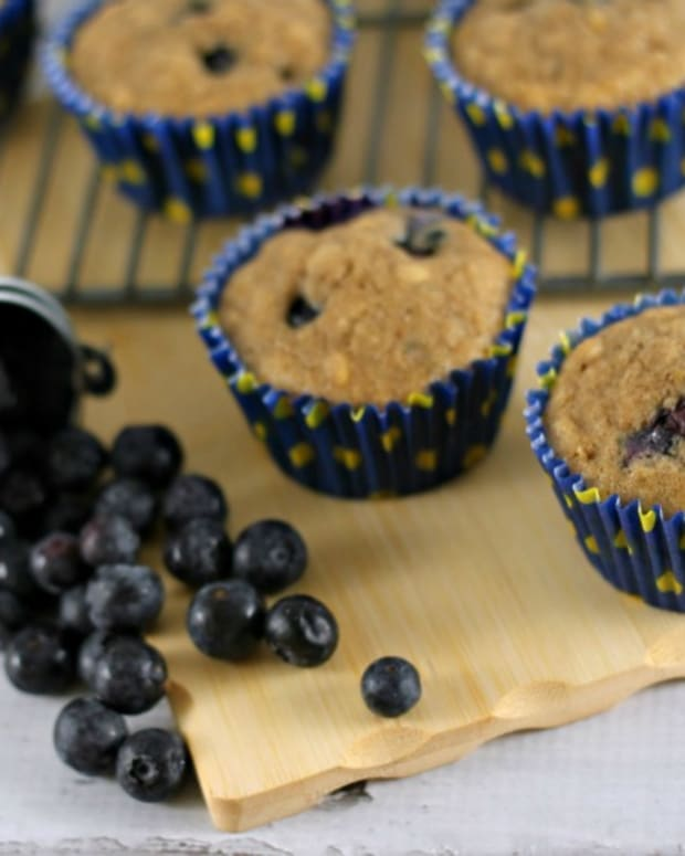 Lemon Blueberry Oat Muffins