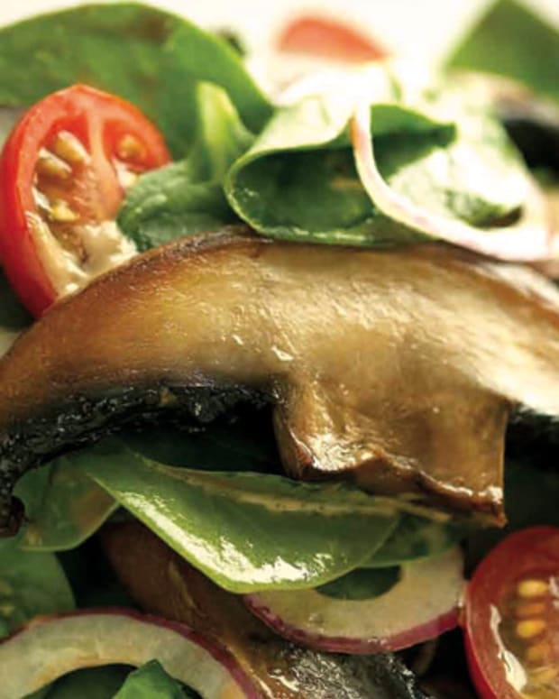 baby-spinach-and-portobello-mushroom-salad