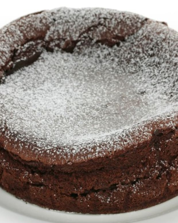 fallen choc souffle cake