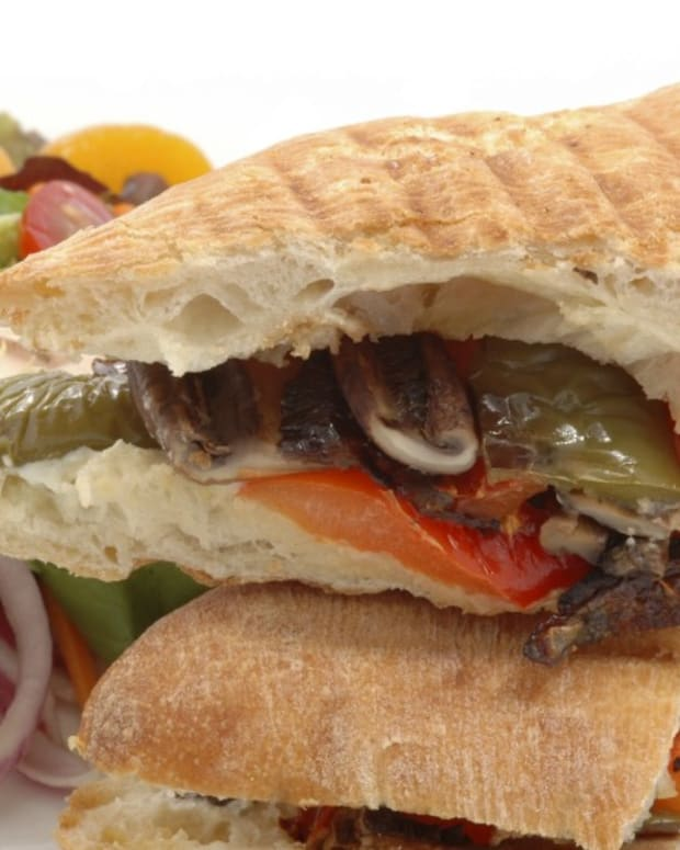 Grilled Vegetable with Pesto Sandwich