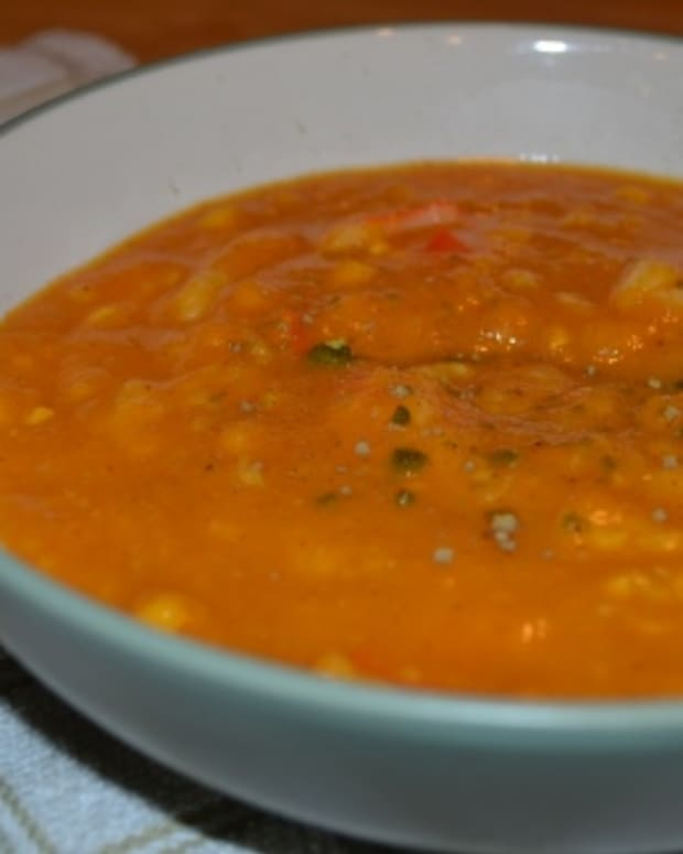 Creamed Corn and Pumpkin Soup with Mock Crab