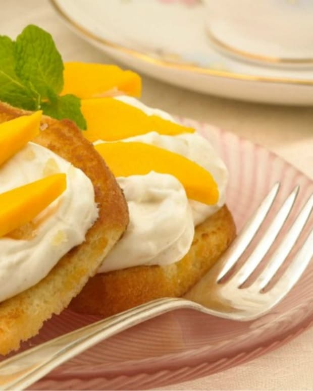 Mango Shortcake with Ginger Cream