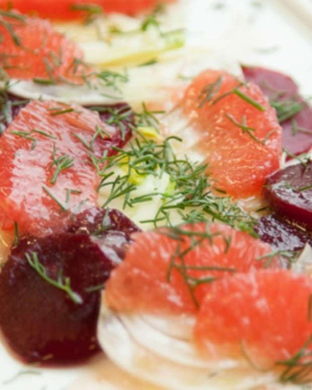 FENNEL GRAPEFRUIT SALAD85