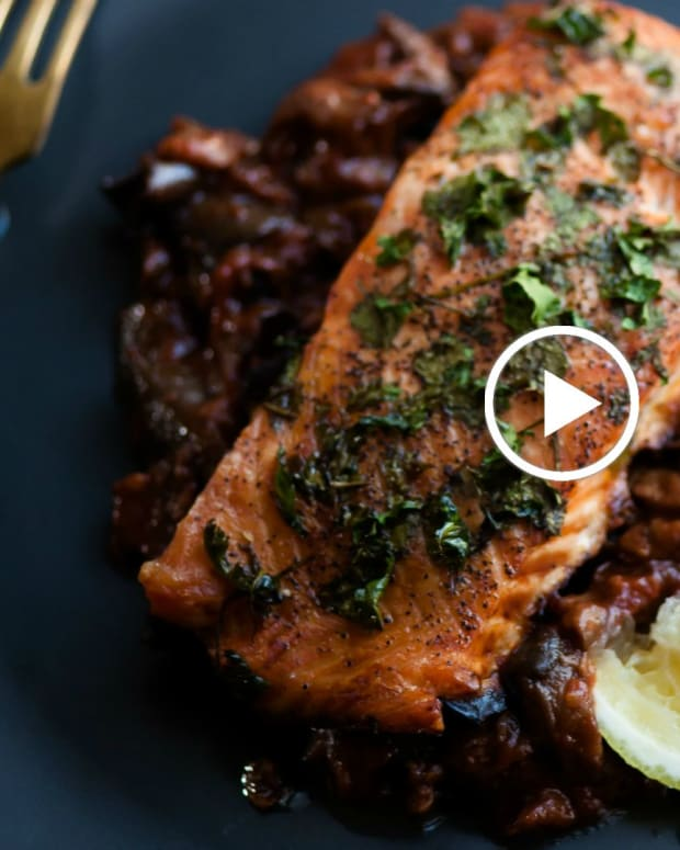 Parsley Crusted Salmon Recipe Video