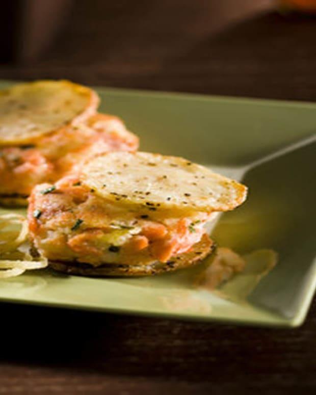 salmon potato burger3.jpg