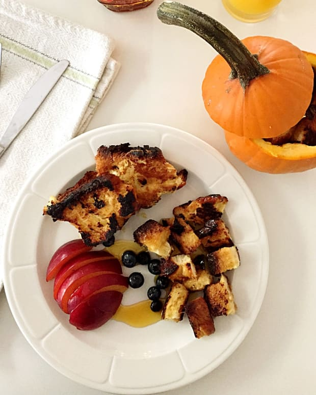 French Toast Bites in a Pumpkin