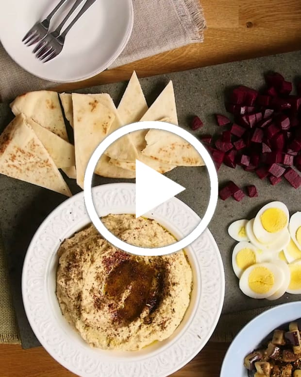 How to host a hummus party video