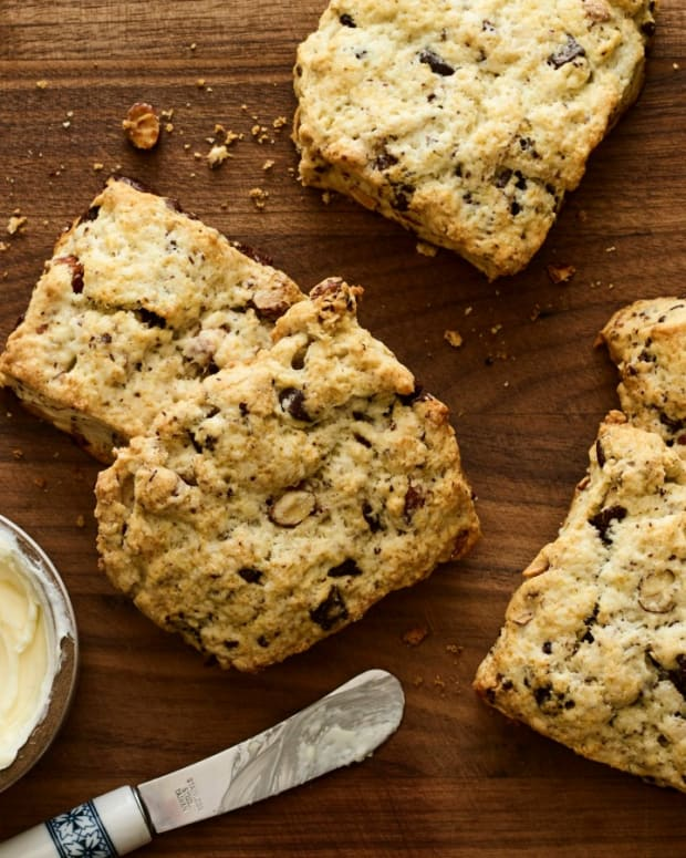 Almond  Chocolate Scones