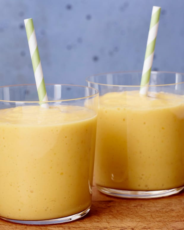 Tropical Pineapple Smoothie