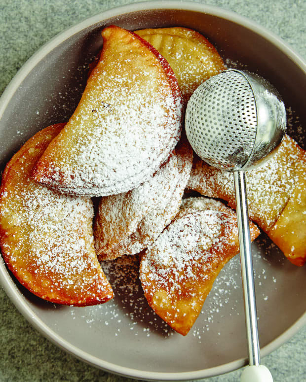 Deep-Fried Apple Pie
