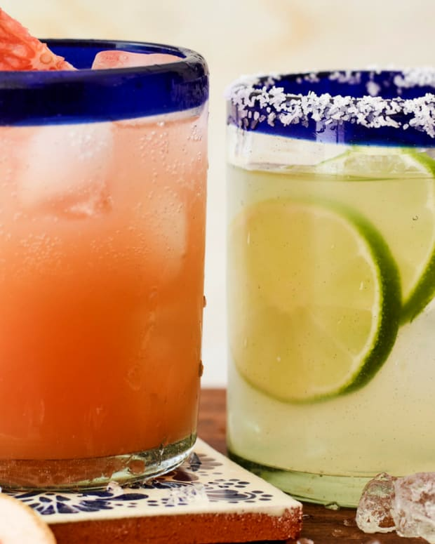 paloma and margarita cocktails mexican