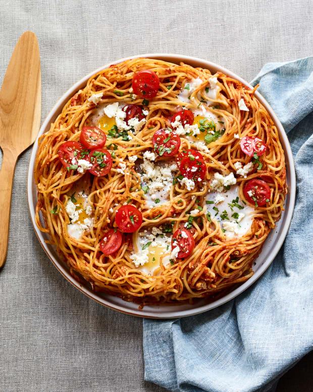 Shakshuka Spaghetti Pie