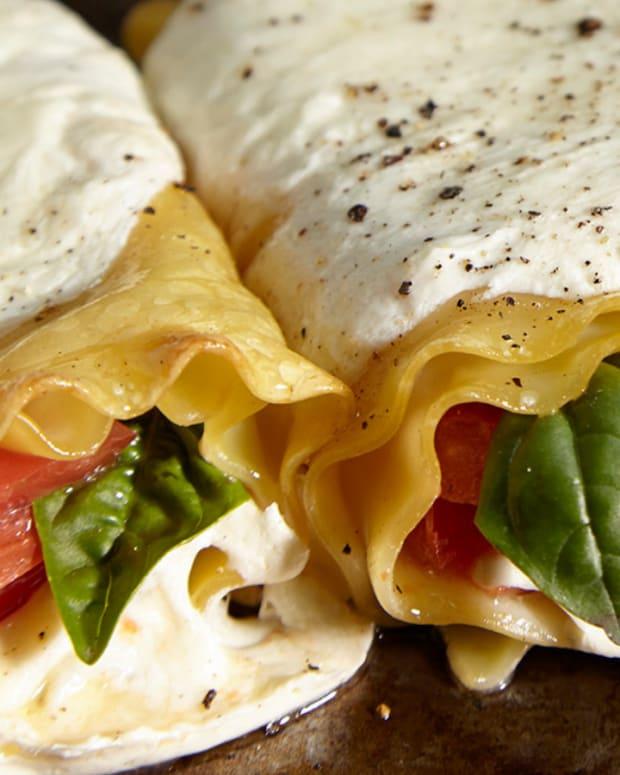 caprese lasagna rolls
