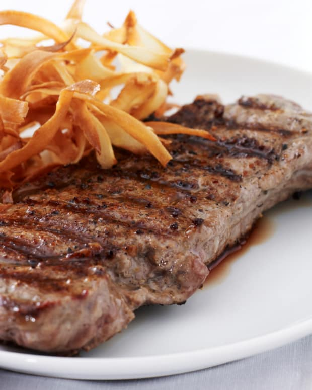 Rib Eye Steak with Parsnip Chips