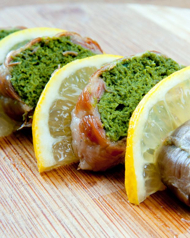 salmon stuffed with spinach.jpg