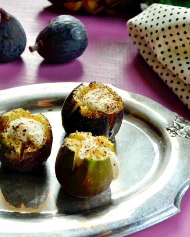 Figs Stuffed with Goat Cheese and Honey