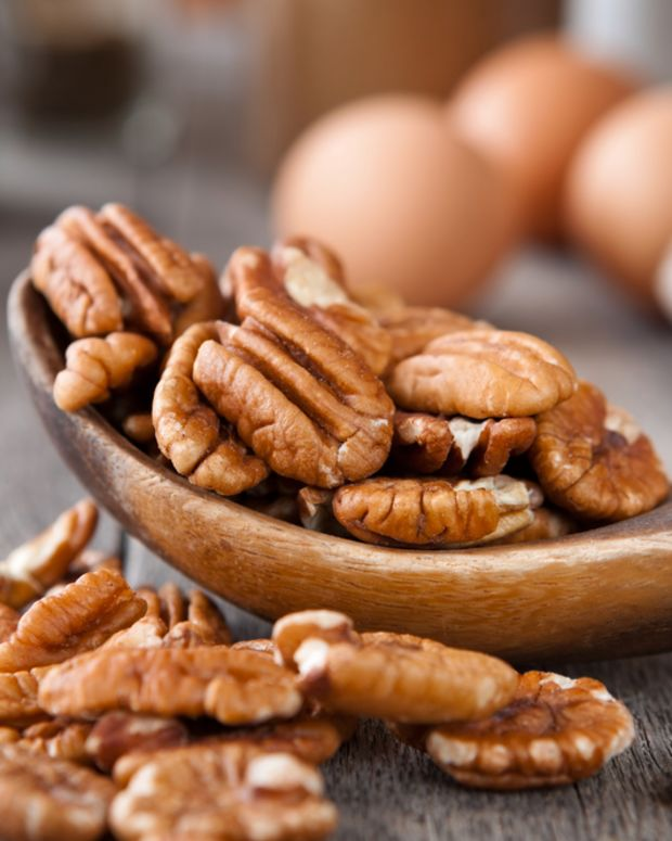 nutty pesach pie crust