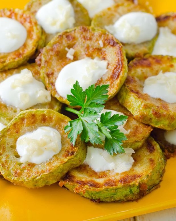 zucchini latkes with yogurt curry sauce