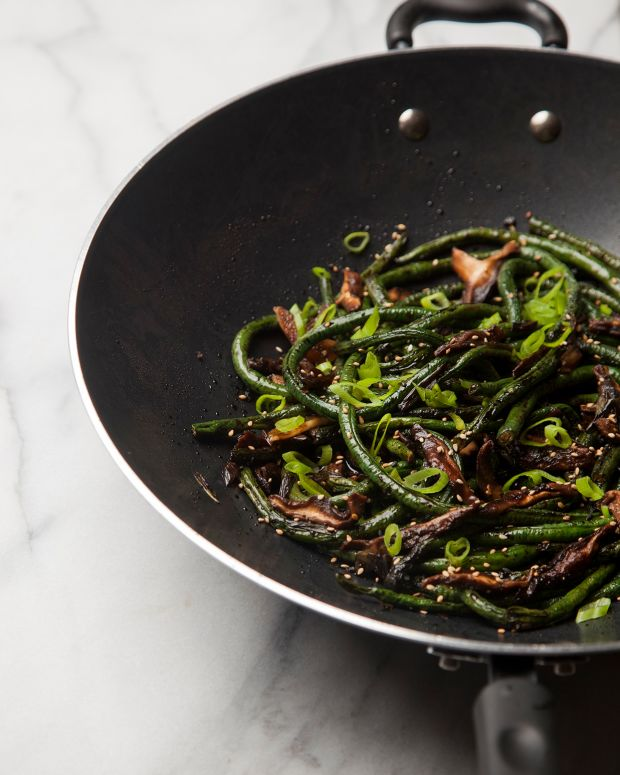 DRY FRIED CHINESE LONG BEANS