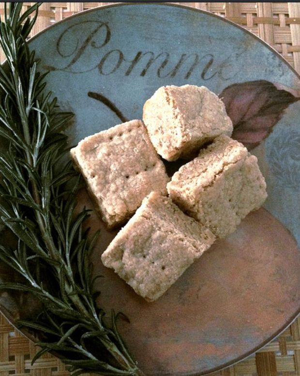Whole Wheat Lemon Olive Oil Shortbread
