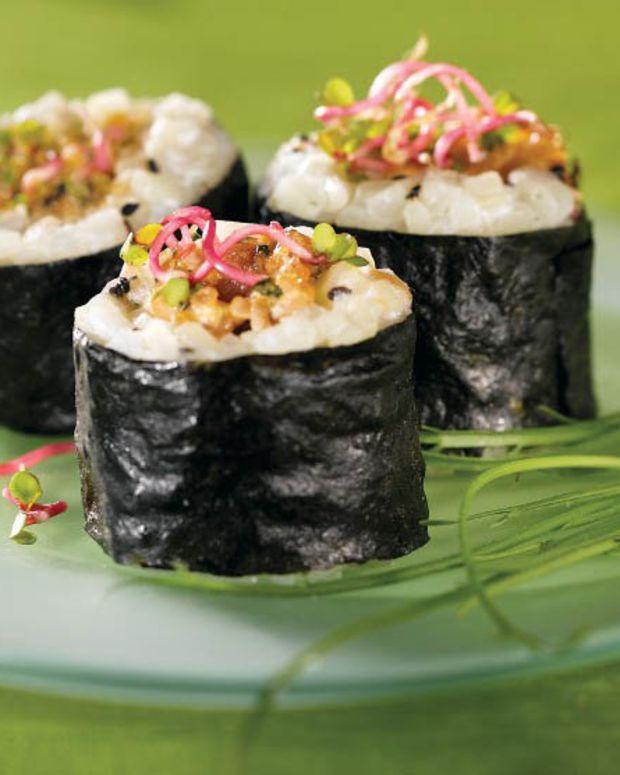 idaho potato and spiced ahi maki roll