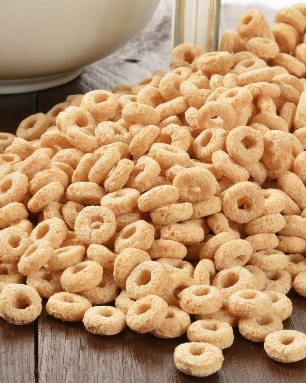 spilled cheerios cereal