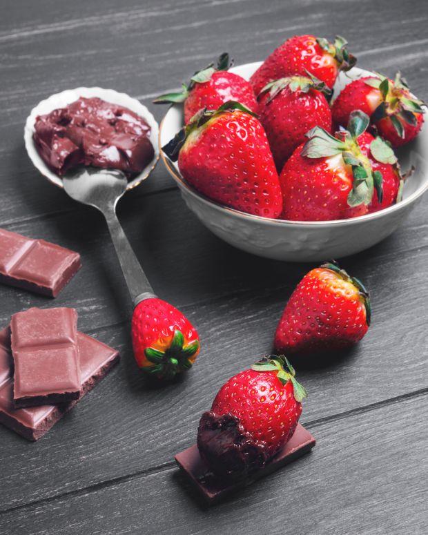 bigstock-Strawberries-In-Chocolate-125323127.jpg