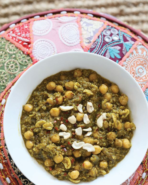 Chickpea Spinach Stew with Lentils and Quinoa